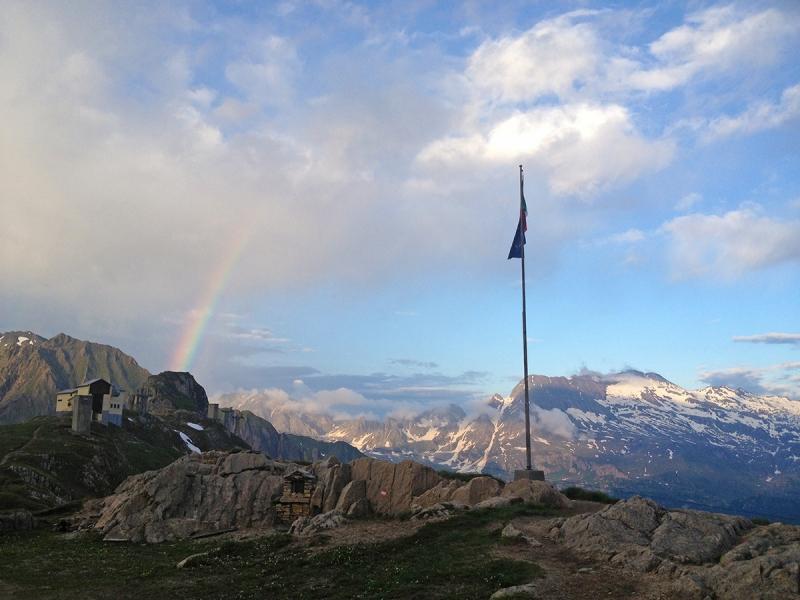 Val Formazza Italy Italia Hiking Mountain Lake Rifugio 3A Citta di Busto Rainbow
