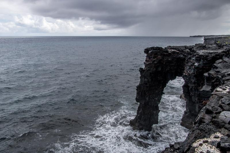 hawaiibig island volcano national park hold sea arch
