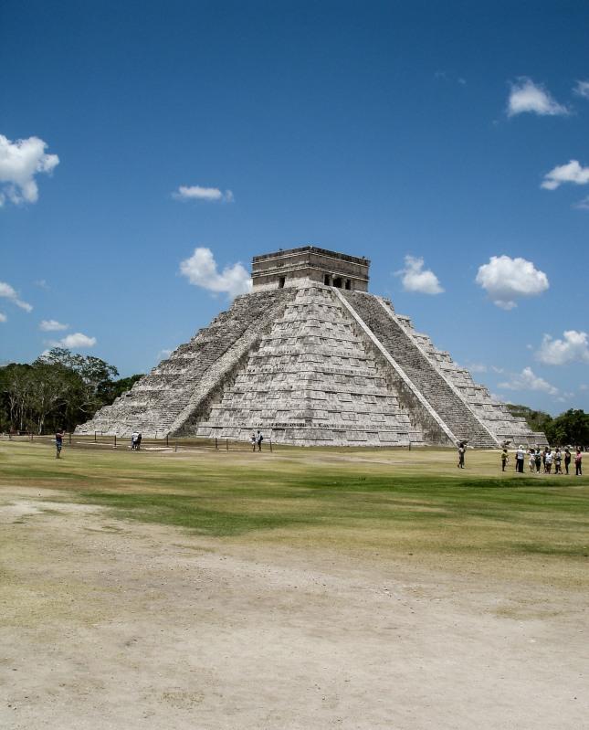 Chicen Itza Mexico Yucatan Kukulkan Temple